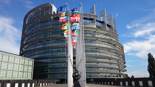 parliament-1564427_1920